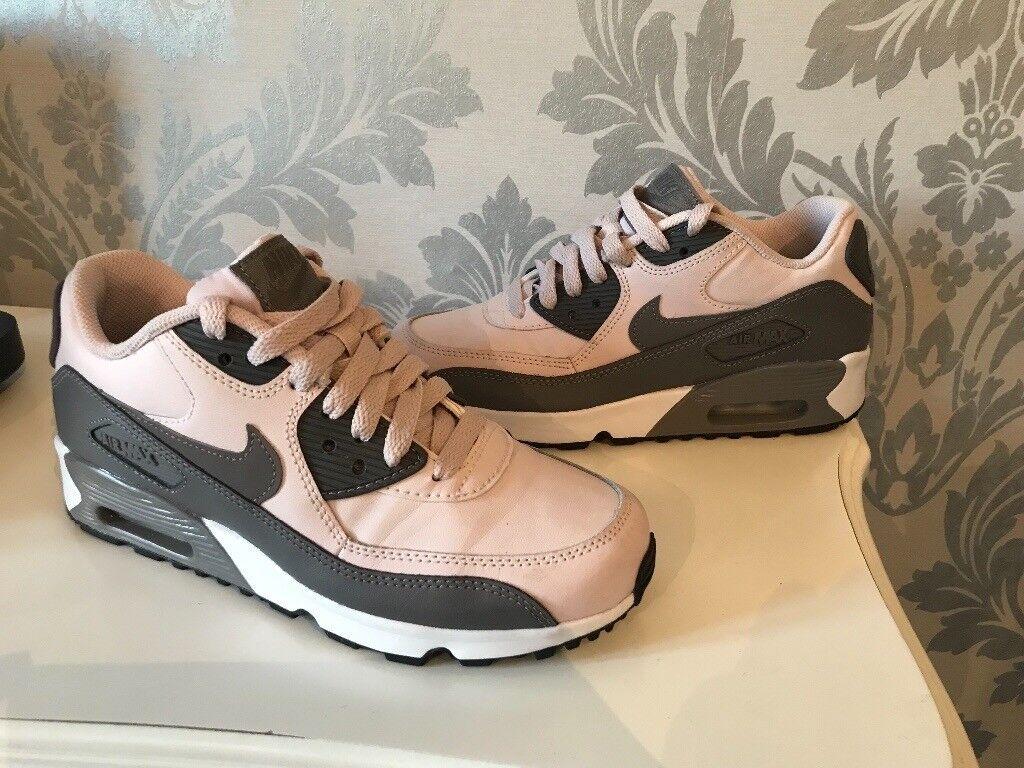 fd23a5505c84c2 Nike Air Max 90 pink   grey uk4