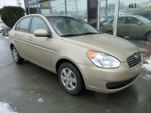 2010 Hyundai Accent LOW KMS AUTO SEDAN