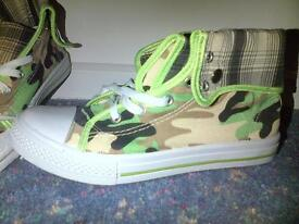 Brand New Camouflage Boots/Trainers - size 5/6 - £6