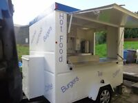 WILKINSON CATERING VAN SNACK BAR TRAILER/BURGER VAN 8FT BY 7 FT EASY TO TOW FULLY FITTED MUST SEE