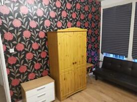 Furnished Self-Contained Studio in Rugby Central
