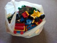 Large mixed bag of Duplo including train track