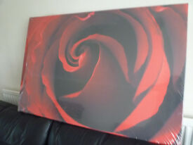 Red Rose Flower Wall Art Printed Picture Canvas - New and Sealed - 90cm x 60cm