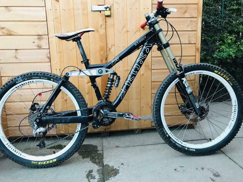 "f800fbe96cf Downhill Kona Stinky Mountain Bike 26"" | in St Andrews, Fife | Gumtree"