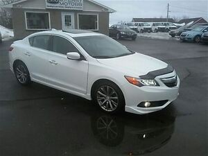 2013 Acura ILX Dynamic Leather Sunroof 6-Speed Manual