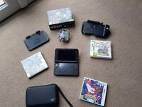 Nintendo 3DS XL Black 3 games with case, charger, charger cradle, circle pad pro, box, 32gb sd card.