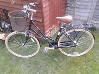 Victoria Pendleton Ashwell Hybrid Bike - Black - 17 inch