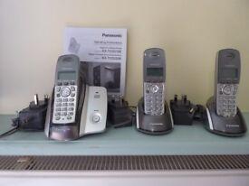 PANASONIC DIGITAL CORDLESS PHONE - TRIO SET