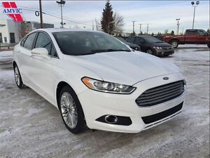 2016 Ford Fusion SE AWD Moonroof, Leather, Nav 20,500KM