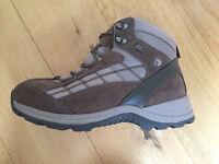Regatta womens hiking boot size 8