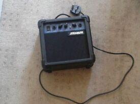 Maxim amplifier for guitar