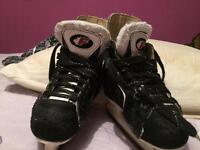 Young kids ice skate size 9J