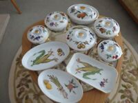 Royal Worcester Evesham pattern oven to table ware