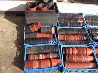 PLASTIC PLANT POTS ABOUT 1000 3. & 3 1/2 INCH BEEN USED ONCE