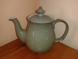 Denby Regency Green Teapot with cups and saucers £40
