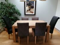 BEAUTIFUL SOLID OAK 6 SEATER DINING TABLE AND CHAIRS