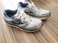 Men's brooks addiction 10 trainers size 9