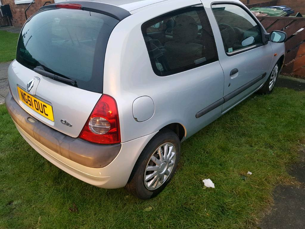 2002/51 plate Renault Clio 1.2 expression