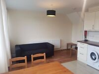 KINGS COLLEGE STUDENTS 4 BED 2 BATH-FURNISHED IN KENNINGTON SE17 AVAILABLE AUGUST/SEPTEMBER