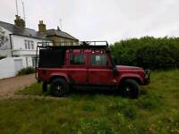 Land Rover 110 Double Cab pick-up. 2001 TD5