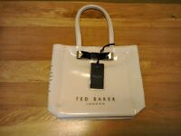 Ted baker small cream bow gloss bag