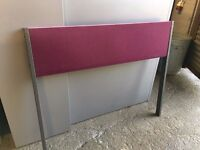 FLOOR STANDING OFFICE DESK DIVIDER / PRIVACY SCREEN 1200MM WIDE