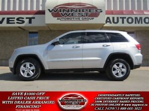 2011 Jeep Grand Cherokee LAREDO 4X4, LOADED, PUSH BUTTON START,