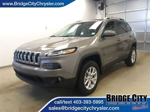 2017 Jeep Cherokee North- Heated Seats and Wheel, Remote Start!