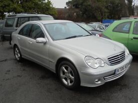 MERCEDES C180 1796cc KOMPREEOR AVANTGARDE SE AUTOMATIC 2006-06, 1 FORMER KEEPER,