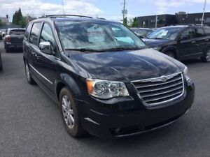 2010 Chrysler Town & Country TOURING STOW N'GO CUIR MAGS NAV TV/