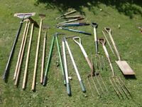 garden tools . spade, fork, hoes, loppers, long handles , floor scraper 24 inch breaker pin £3 each