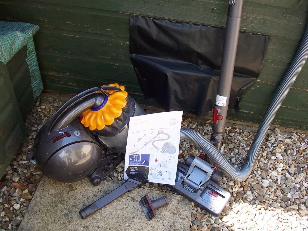 Dyson Dc28c Vacuum Cleaner With Instructions In Plymouth Devon