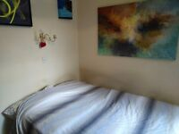 Amazing Room Marylebone 126pw double bed big window big mirror big storage 3 bedroom flat