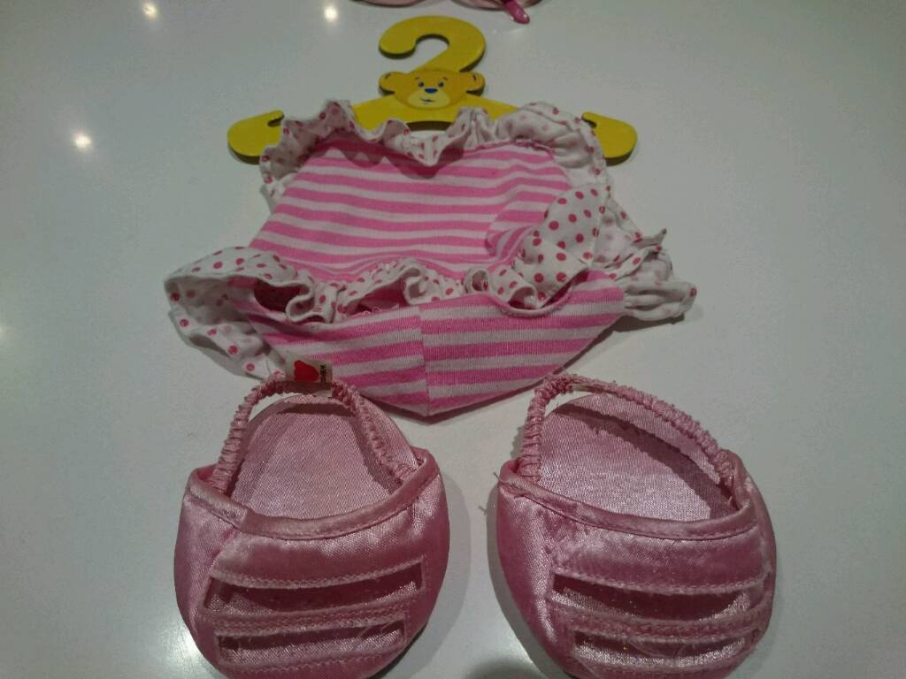 Build a bear original swimming outfit