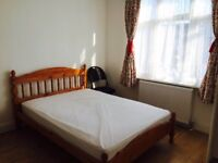London-Single and Double rooms to rent