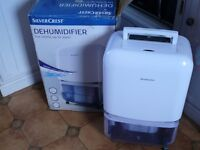 SilverCrest Dehumidifier High Humidity Reduction Up to 20 Liters in 24 hours as new