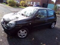 Bargain runabout 07 Renault Clio 1,2,Service history,08/08/18,Hpi clear,Cheap petrol,Insurance,Tax