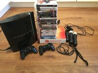 Playstation 3 + 2 controllers+ PS move+ EXTRA 24 GAMES!