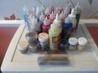 Glitter Glues & Embossing Powders
