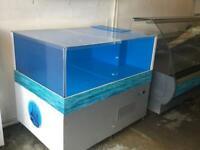 Shellfish tank and fish counter