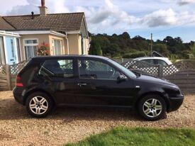 VW Golf Match - 2002 Black - only 90000 miles