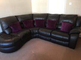 For sale leather sofa's.