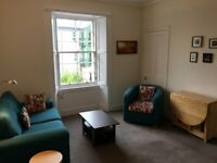 One bedroom furnished property in Canonmills