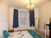 1 Bedroom Bright & Freshly Decorated Ground Level Flat