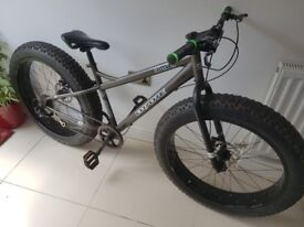 *FATMAN* Coyote Fat Bike (RRP £400) 17 Inch Frame. Disc Brakes.