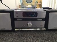 Hitachi mini cd radio player