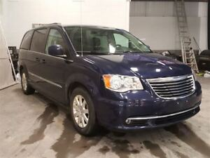 2014 Chrysler Town  Country STOW N GO TOIT TV/DVD AVANT ET ARRIE
