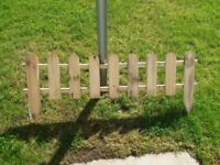 10 lengths of picket fencing
