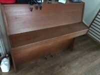 piano for sell £100