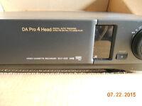 Sony Video Cassette Recorder SLV-425 UB